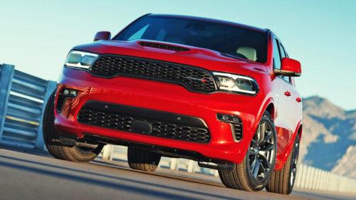 VIDEO Acest SUV sfidează criza și e un monstru pe roți: cel mai puternic modelul Fiat Chrysler din istorie