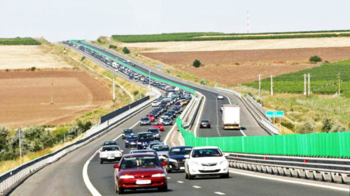 Circulația pe autostrăzile din România, mai scumpă: cum va fi calculată noua taxă pentru șoferi, va înlocui rovinieta