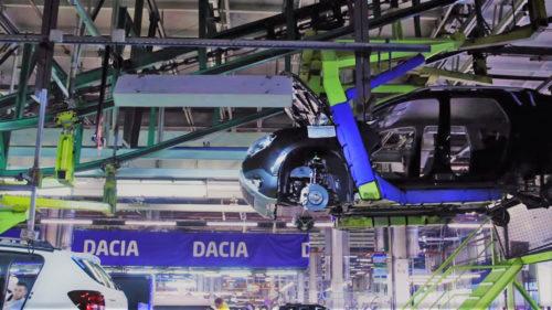 Dacia apasă pedala de accelerație: în ce condiții își reia activitatea după o lună de pauză