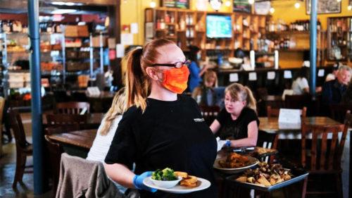 Ca-n starea de urgență: Guvernul se pregăteșe să închidă, din nou, restaurantele și barurile. Unde se va întâmpla