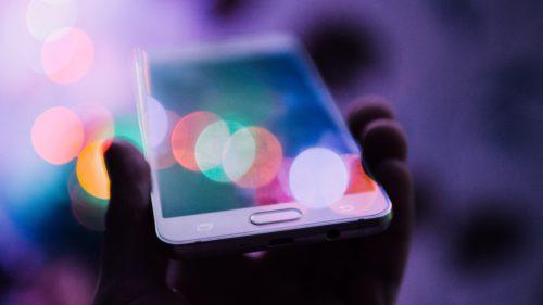 Sumă record donată de români prin SMS în 2019: unde s-au dus banii?