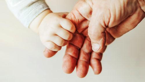 Premiera medicală care poate schimba vârsta până la care femeile pot avea copii