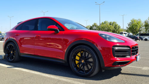 VIDEO Am testat Porsche Cayenne GTS Coupe, mașina care costă cât trei apartamente