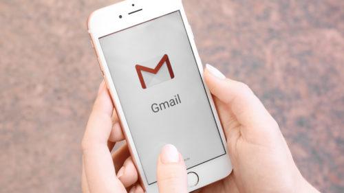 Opțiunea pe care o poți folosi de acum pe iPhone și care te scapă de bătăi de cap cu Gmail