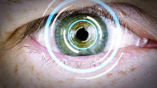 Lentilele de contact inteligente vindecă probleme de vedere. Cum funcționează?
