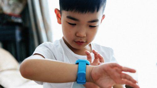 Acest ceas inteligent este un pericol pentru copii