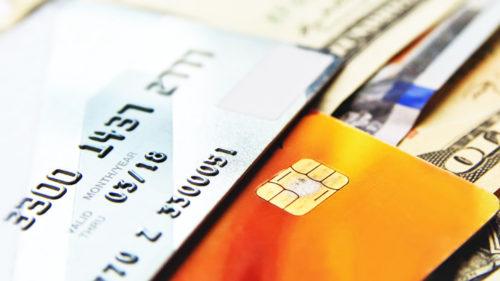 Atenție la plata cu cardul, români: hackerii, cu ochii pe două miliarde de euro