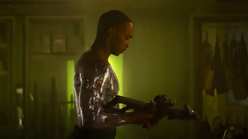 <span class='highlight-word'>VIDEO</span> De la Altered Carbon la Outside the Wire, noul SF Netflix cu Anthony Mackie