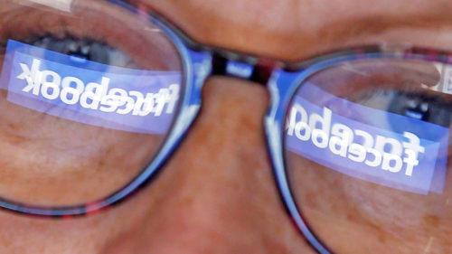 """Inteligența artificială de la Facebook revoluționează cum """"vezi"""" postările"""