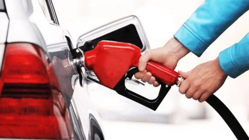 Toți șoferii sunt cu ochii pe pompă: așa ceva nu s-a mai întâmplat în 35 de ani cu benzina și motorina