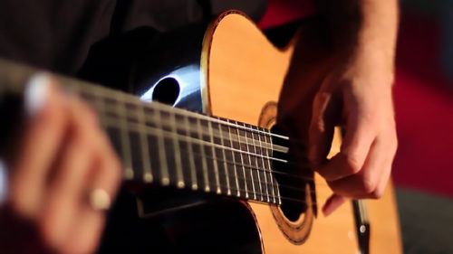 Festivalul Om Bun, online: unde poți vedea concertele din acest an, live și înregistrate