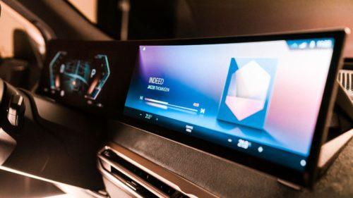 FOTO Noul sistem iDrive 8 de la BMW îți arată de ce tehnologia 5G e aur pentru industria auto