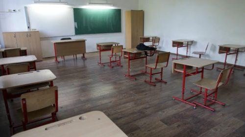O treime dintr-un an școlar, pierdut: studiul care îți arată cât are de suferit educația copiilor, de fapt