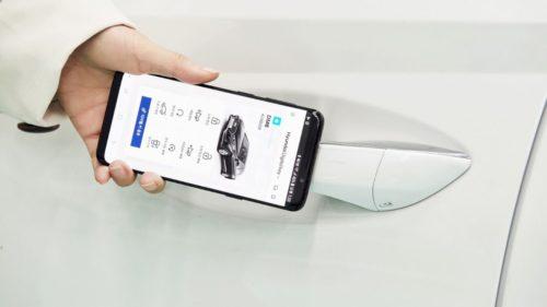 Proiectul prin care Google vrea să-ți transforme telefonul în cheie pentru mașină