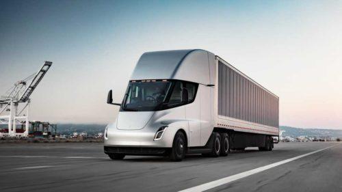 A vândut Elon Musk iluzii? De ce nu-și onorează Tesla comenzile pentru primul său camion electric