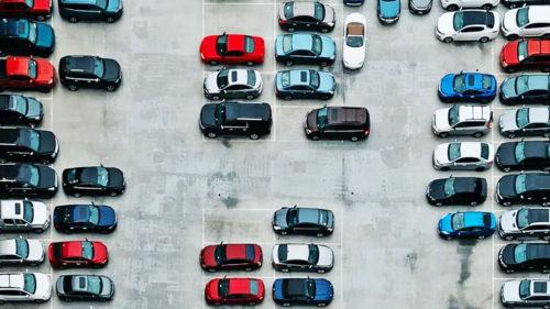 Mașini ieftine la ANAF: BMW X6 la preț excepțional, dar și VW Golf la aproape 1.300 lei