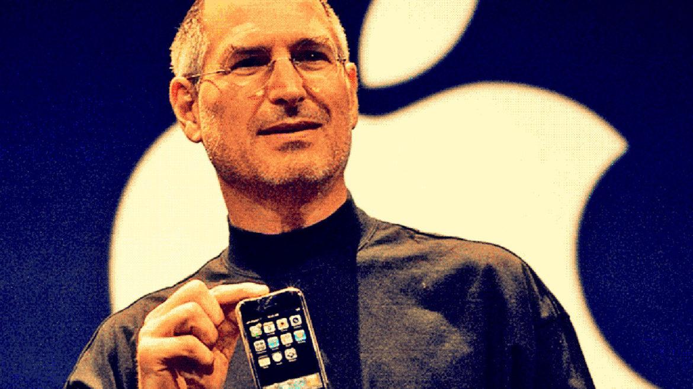 """Detaliul mai puțin știut din viața lui Steve Jobs: unde se """"ascundea"""" când își închidea telefonul și nu putea fi găsit"""