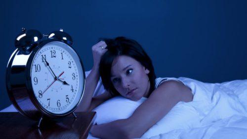 Petreci mult timp în fața ecranelor? Riscurile majore la care te expui și care îți influențează direct sănătatea