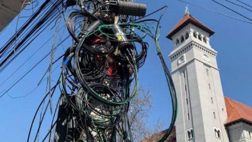 Se taie internetul în sectorul 1 al Capitalei? Care e, de fapt, adevărul și ce vrea primarul Clotilde Armand