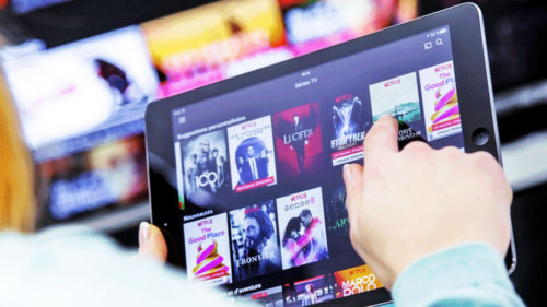"""""""Netflix pentru pirați"""": serviciul de streaming care dă bătăi de cap giganților"""