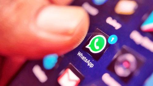 Facebook pune WhatsApp la treabă: care-i legătura dintre aplicația de mesagerie și reclamele companiei