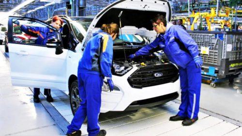 Lovitură grea pentru Ford și mii de angajați. Cum a pierdut gigantul auto 12 miliarde de dolari dintr-un foc