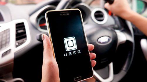 Ce uită românii în Uber și ce trebuie să faci dacă constați că ai pierdut ceva pe bancheta din spate