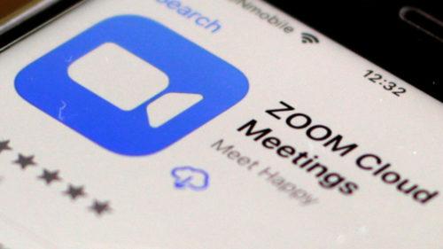 """Zoom are o """"relație specială"""" cu Apple: situația care supără Google, Microsoft și Facebook"""
