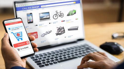 Cine face legea în comerțul online din România: nu este eMag