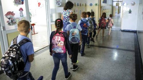 Anul școlar 2022, schimbat: de ce vor merge copiii mai mult la școală, ce se întâmplă cu vacanța