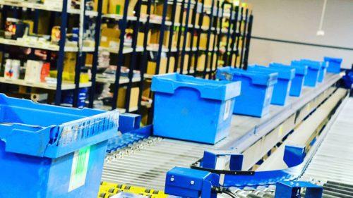 Lovitură pe piața din România: Lanțul de magazine care vinde astăzi produse la preț de nimic