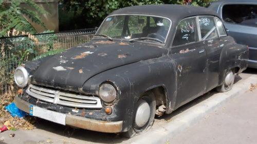 Înmatricularea mașinilor mai vechi de 15 ani, interzisă în România: ce beneficii ar avea propunerea