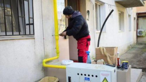 Atenție. Se schimbă legea pentru românii care vor să se racordeze gratuit la gaz și electricitate