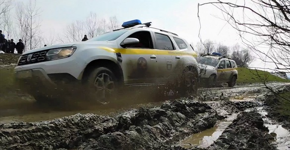 story-dacia-a-rescuer-called-duster-2