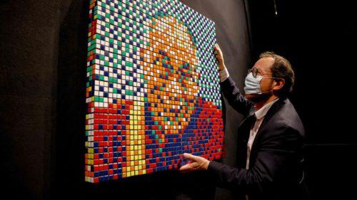 Dalai-Lama, vândut la licitație: suma fabuloasă pentru creația incredibil de originală