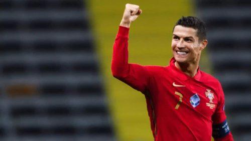 Top 10 Instagram, cele mai bine plătite vedete: cât taxează Ronaldo, The Rock, Ariana Grande