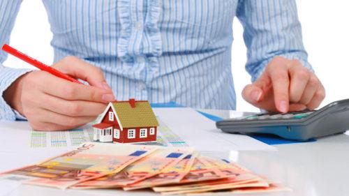 Cum va evolua piața imobiliară în următoarele luni. Vezi aici dacă e un moment bun să-ți cumperi o locuință