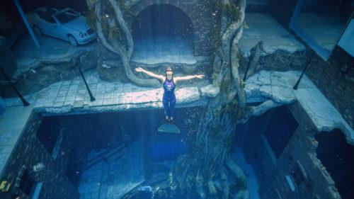 VIDEO Cea mai adâncă piscină din lume, deschisă oficială: unde te poți scufunda fără emoții