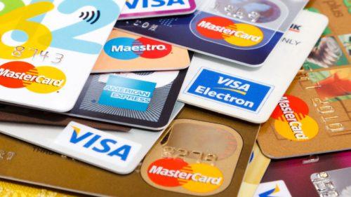 Românii, dependenți de carduri: câte sunt de credit și de ce este o veste proastă