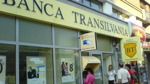 """Situația ciudată de la Banca Transilvania: de ce s-a vândut """"o bucată"""", cât a costat"""