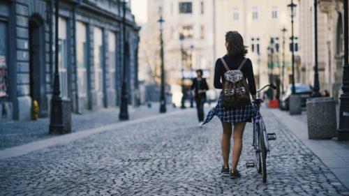 Toți românii ar trebui să locuiască în București: puterea de cumpărare care îți arată cât de ciudată este România