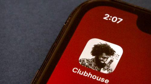 Noua funcție de la Clubhouse prin care se transformă într-un fel de WhatsApp: ce e Backchannel