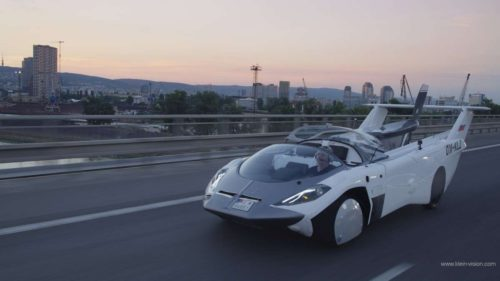 VIDEO Această cursă cu mașina zburătoare îți arată că viitorul e aici: de ce e un pas uriaș înainte