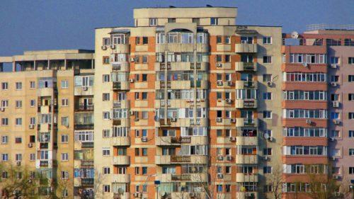 Cât de bine se simt românii în casele lor: câți se declară mulțumiți de locuințele pe care le au