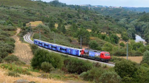 Trenul Connecting Europe Express ajunge și în România. Cu ce viteză va putea merge în țara noastră, fată de Europa